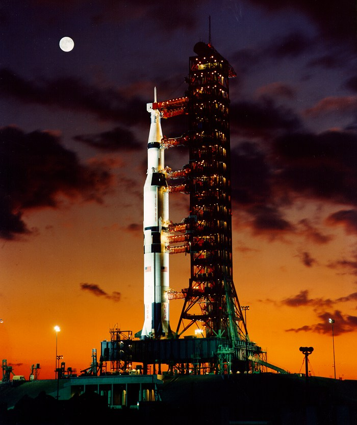 http://apollofacts.wikidot.com/local--files/facts:saturn-v/ap4-S67-50531.jpg